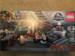 LEGO Jurassic Park Velociraptor Chase 75932 NEW!!  FREE SHIP