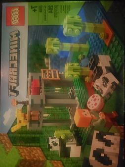 Minecraft The Panda Nursery Lego Set 21158 204 pcs ages 7+